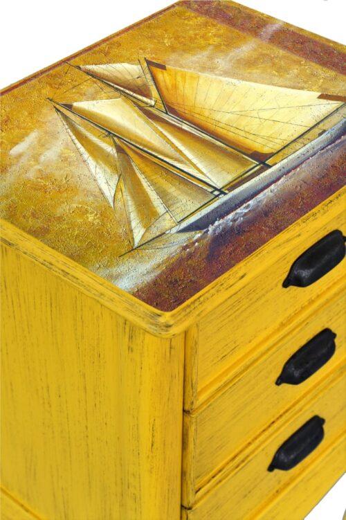 #sarı #retro #eskitme #komodin